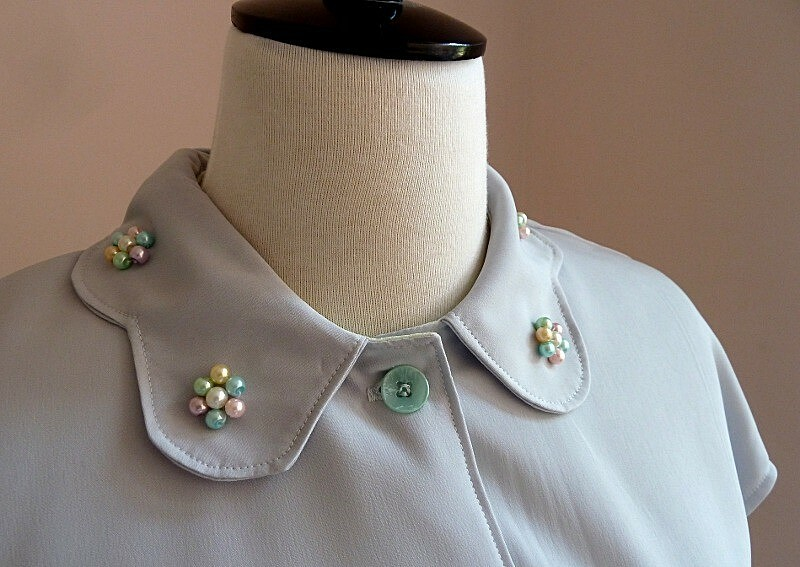 Вышивка одежды бисером и камнями