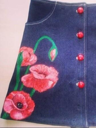 Батик «Маки». Роспись поджинсовой юбке.