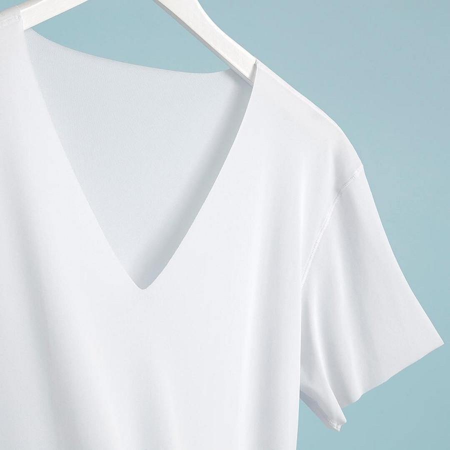 Какие футболки вмоде этим летом: топ-5 вариантов