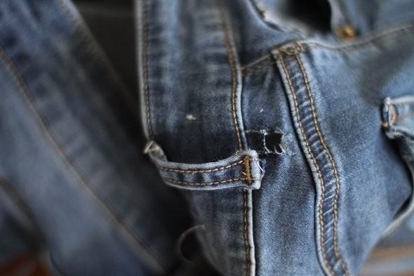 Как просто отремонтировать вырванную шлёвку наджинсах