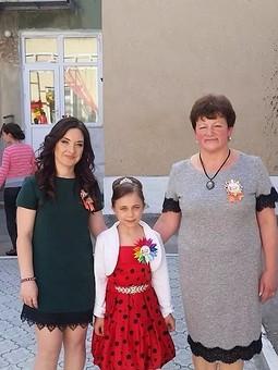 Работа с названием Серое платье для мамочки