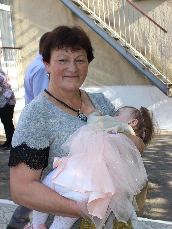 Серое платье длямамочки от Елена рукодельница