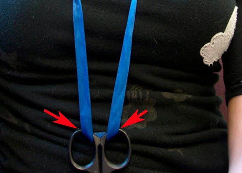 Ножницы всегда подрукой: лайфхак отКоко Шанель