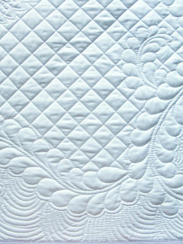 Одеяло сбантом длямалыша