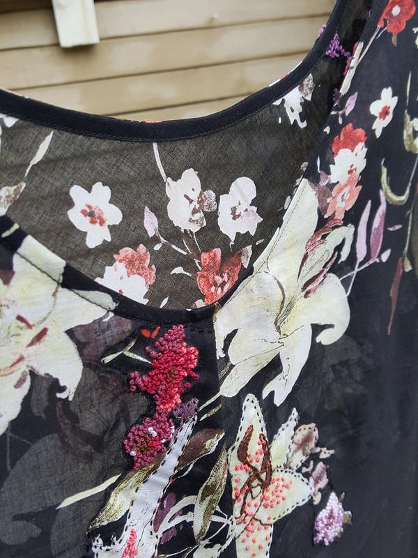 Платье, Купон, аппликации, французские узелки иморе роз