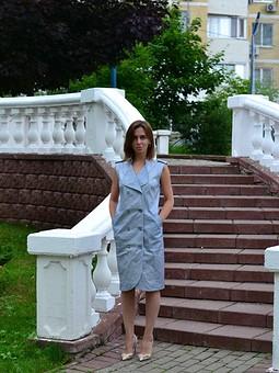 Работа с названием Любимое многими платье