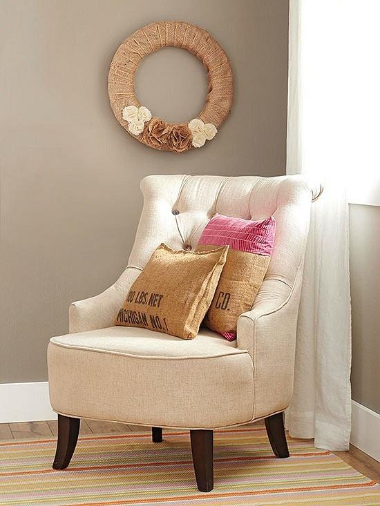 Как подобрать декоративные подушки длядивана или кресла