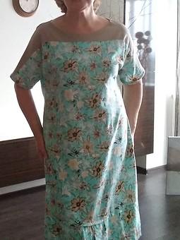 Работа с названием Летнее платье изо льна свободного покроя