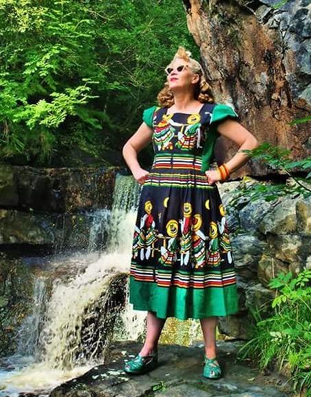 Дань традициям: как носить этнические принты?