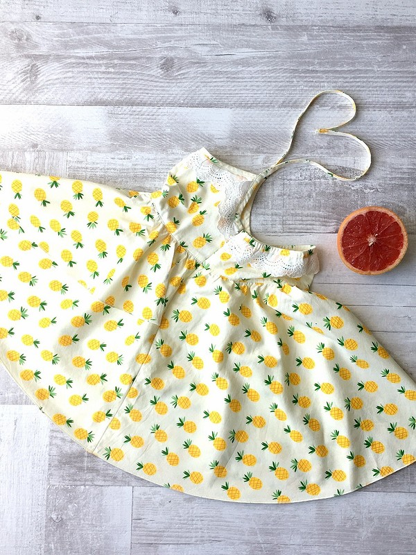 Платье сАнанасами
