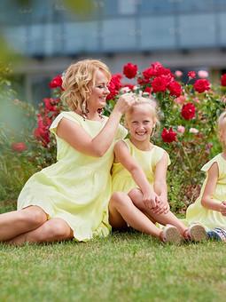 Работа с названием Family look - единение семьи ))