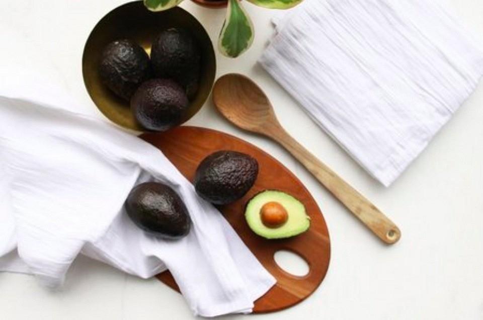 Как покрасить ткань спомощью авокадо внежнейший розовый цвет