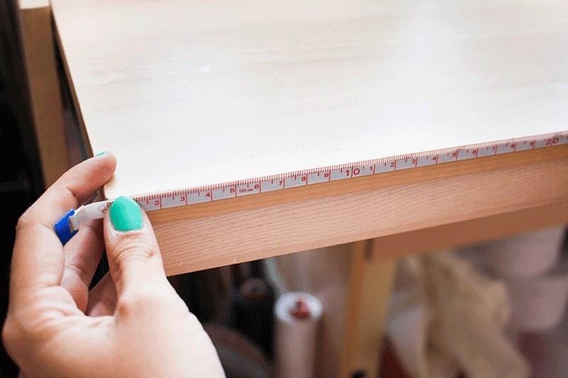 Как закрепить сантиметровую ленту нарабочем столе