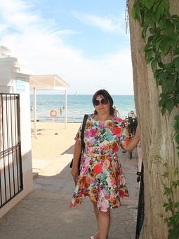 Работа с названием Лето#Крым#Выгуливаю платье