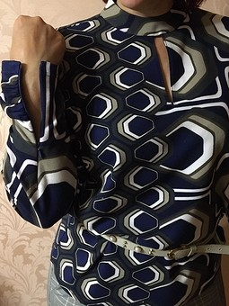 Работа с названием Блузка из трикотажа
