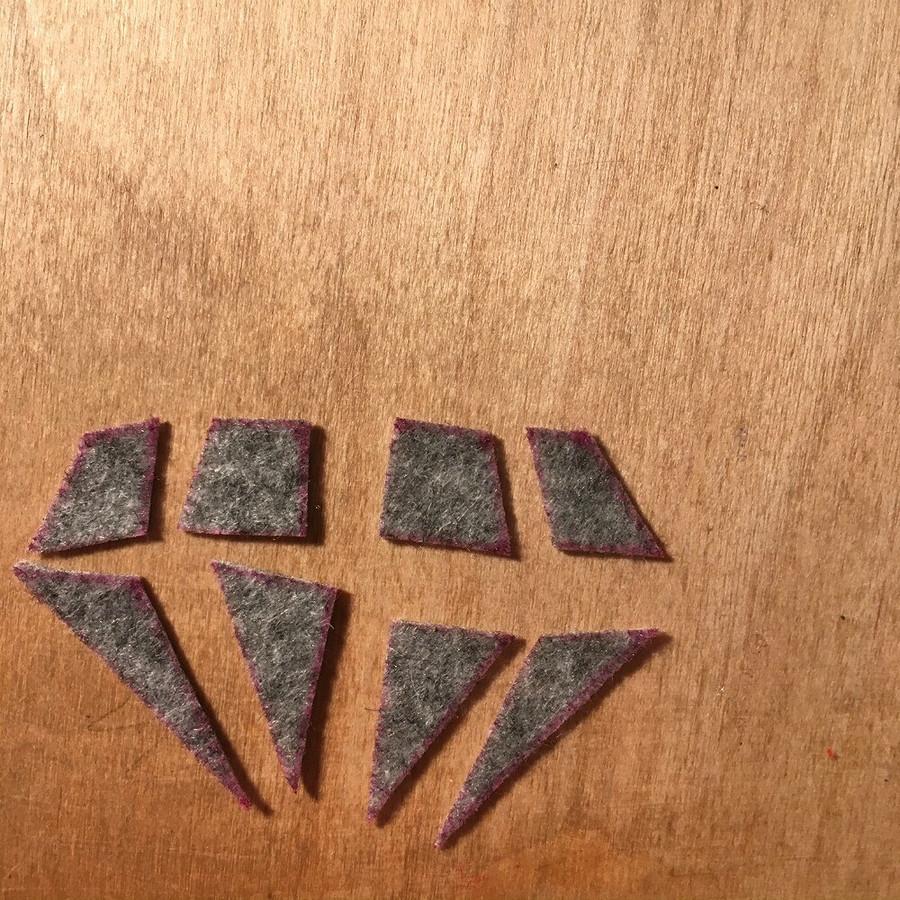 Брошь-«бриллиант» изфетра: мастер-класс