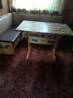 Работа с названием Обновление старой мебели