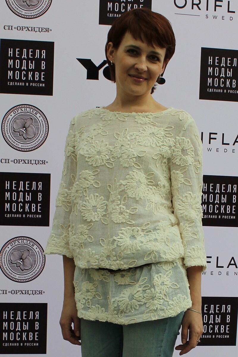 Мини-платье А-силуэта: универсальная модель повыкройке Burda