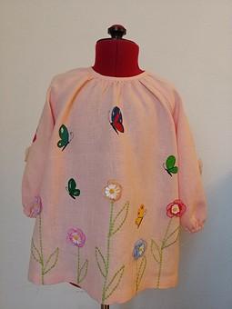 Работа с названием Льняное платье с сумочкой