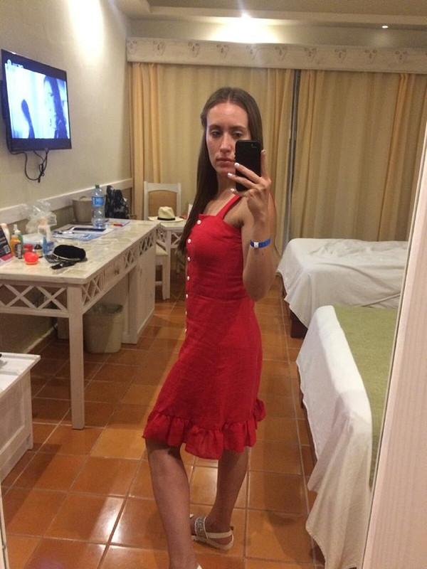 Заровский плагиат - красный сарафан