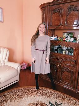 Работа с названием Платье, благодаря которому у меня появился оверлок))