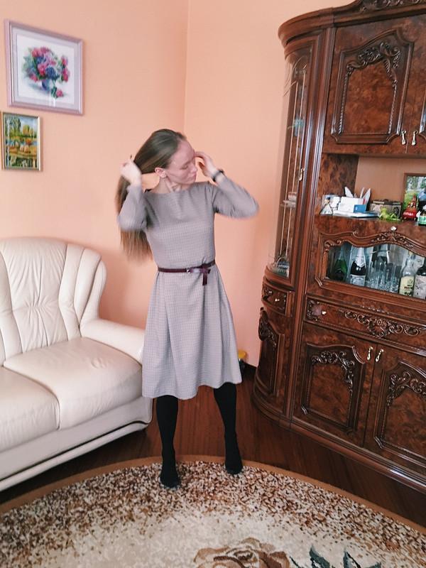 Платье, благодаря которому уменя появился оверлок))