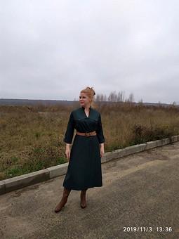 Работа с названием Платье на запахе - модель 107 В (р.40) из Burda 9-2019