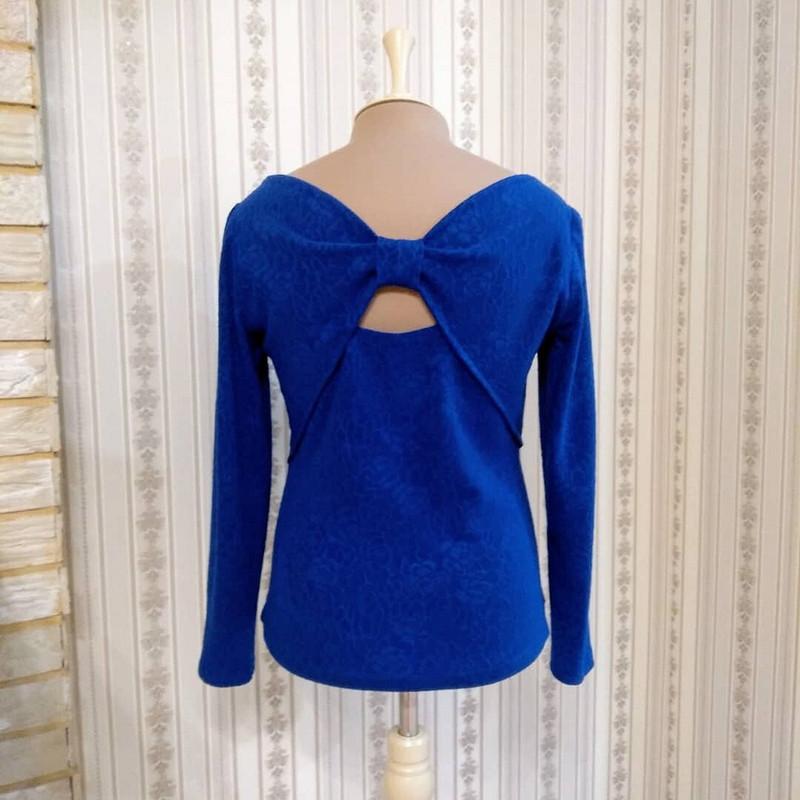 Облегающий пуловер, модель 118 (р. 40) изBurda 11-2019
