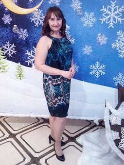 Работа с названием Новогоднее платье из шелка