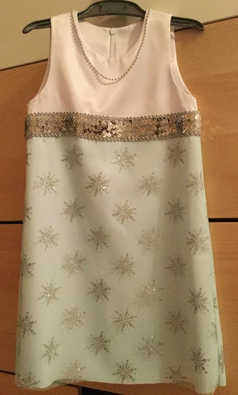Платье «снежинка»