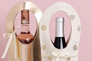 Идём в гости: сумочка для шампанского своими руками