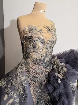 Работа с названием Платье в стиле кутюр