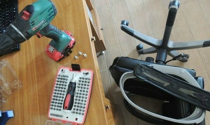 Как перетянуть компьютерное кресло спомощью старых джинсов: мастер-класс