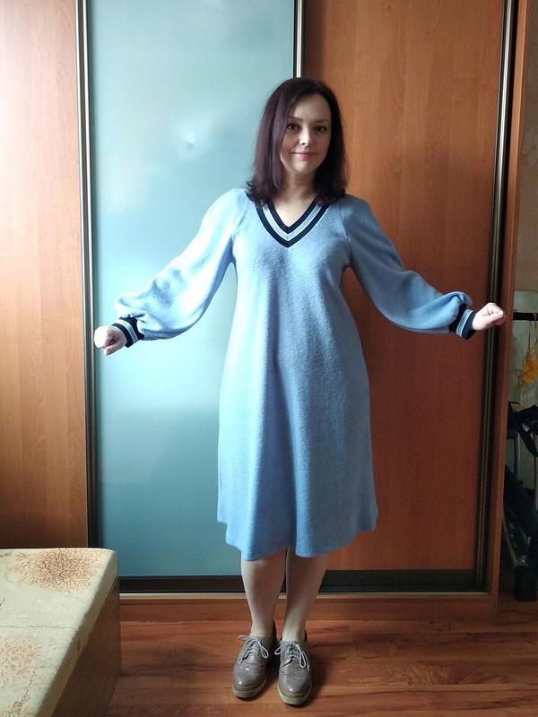Платье стрикотажными подвязами