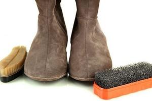 Как правильно ухаживать за замшевой обувью