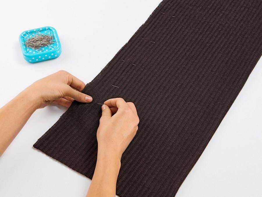 Как сшить пончо извязаного полотна