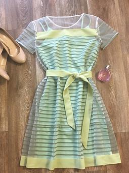 Работа с названием Платье зелёный чай с лаймом