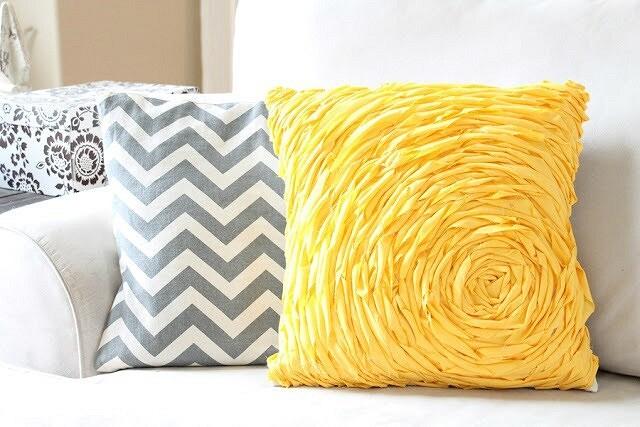 Необычные декоративные подушки: 10 идей синструкциями