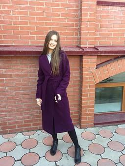 Работа с названием Пальто для дочери