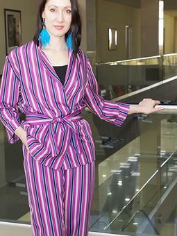 Работа с названием Пижамный костюм из итальянского шелка