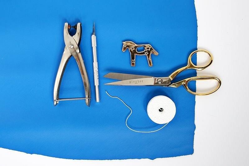 Простой кожаный клатч встиле колор-блок: мастер-класс