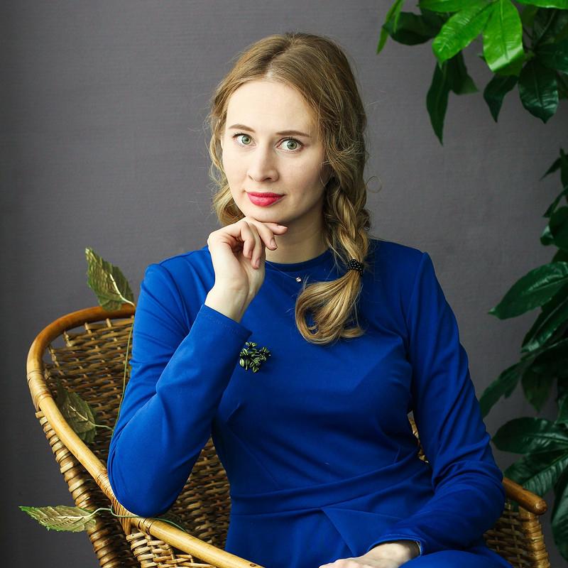 Универсальное синее платье