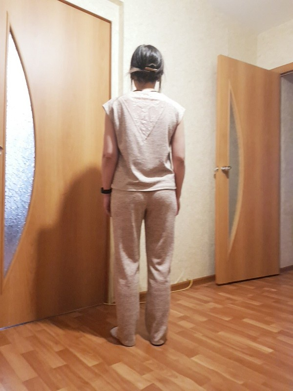 Трикотажный костюмчик от Karina