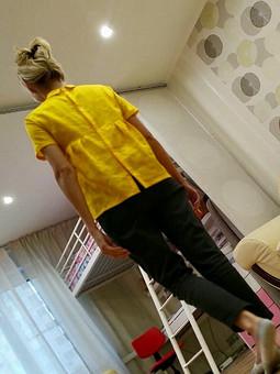 Работа с названием Блуза не того цвета
