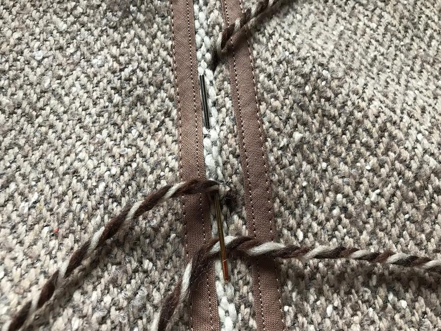 Как сделать шлёвки изниток длявязания