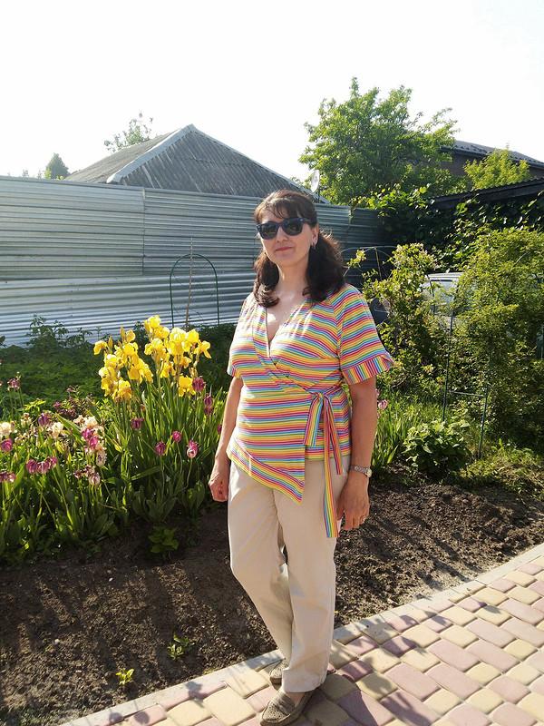 Солнечная блуза сзапахом от janni