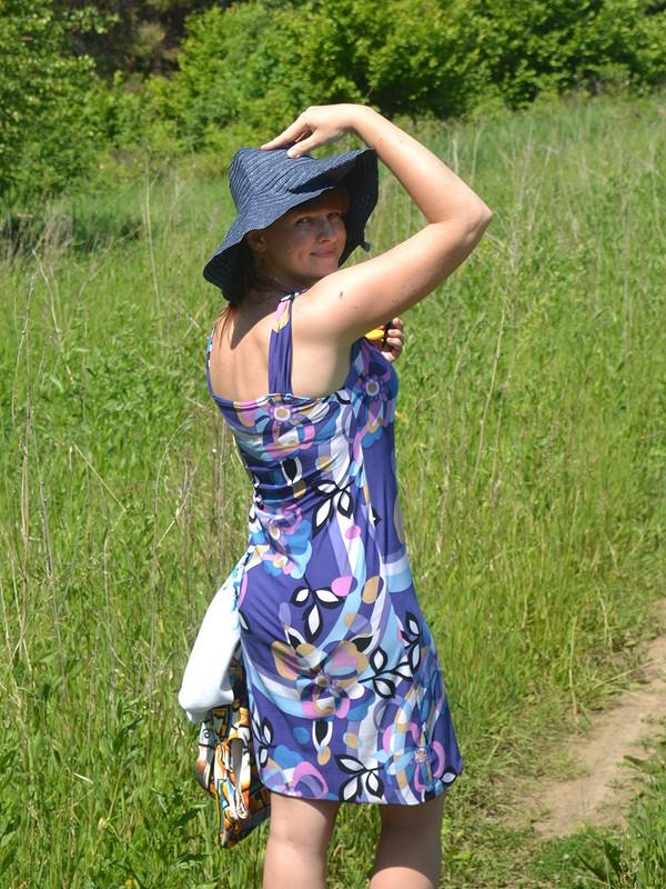 Трикотажное простое платье