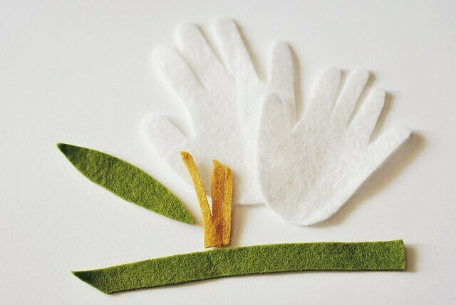 Брошь-цветок изфетра: мастер-класс