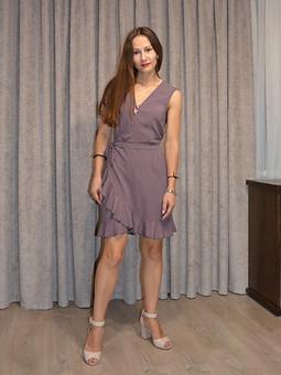 Работа с названием Блуза превращается в платье
