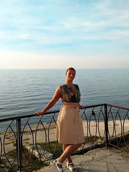 Работа с названием Летняя юбка с высокой талией